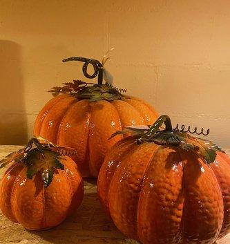 Metal Enamel Harvest Pumpkin (3-Sizes)