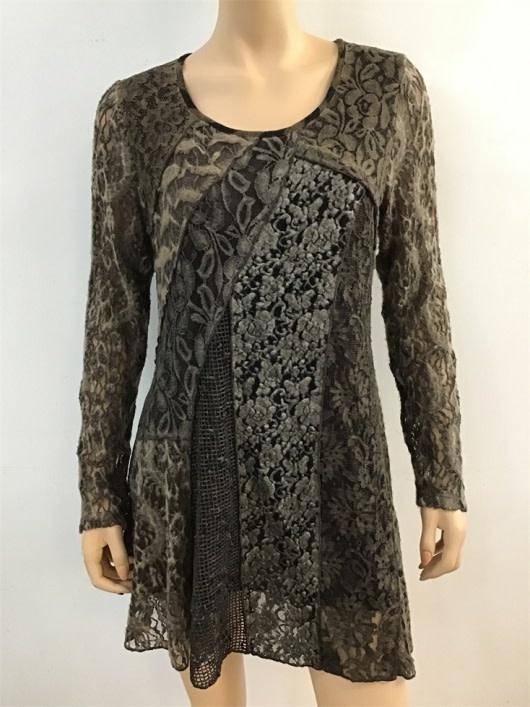 Radzoli Lined Floral Lace Tunic