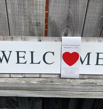 Interchangeable Welcome Magnetic Sign w/ 6 Magnets