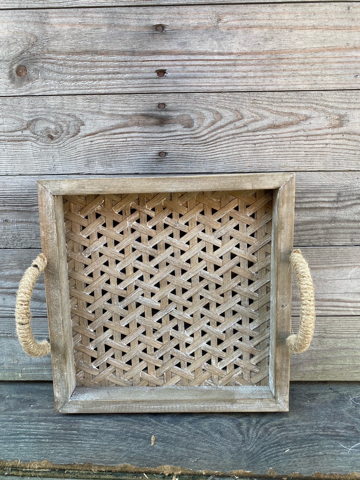 Square Woven Handled Tray (2-Sizes)