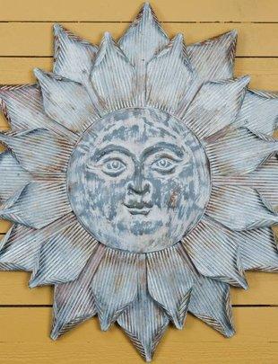Medium Galvanized Sun Face