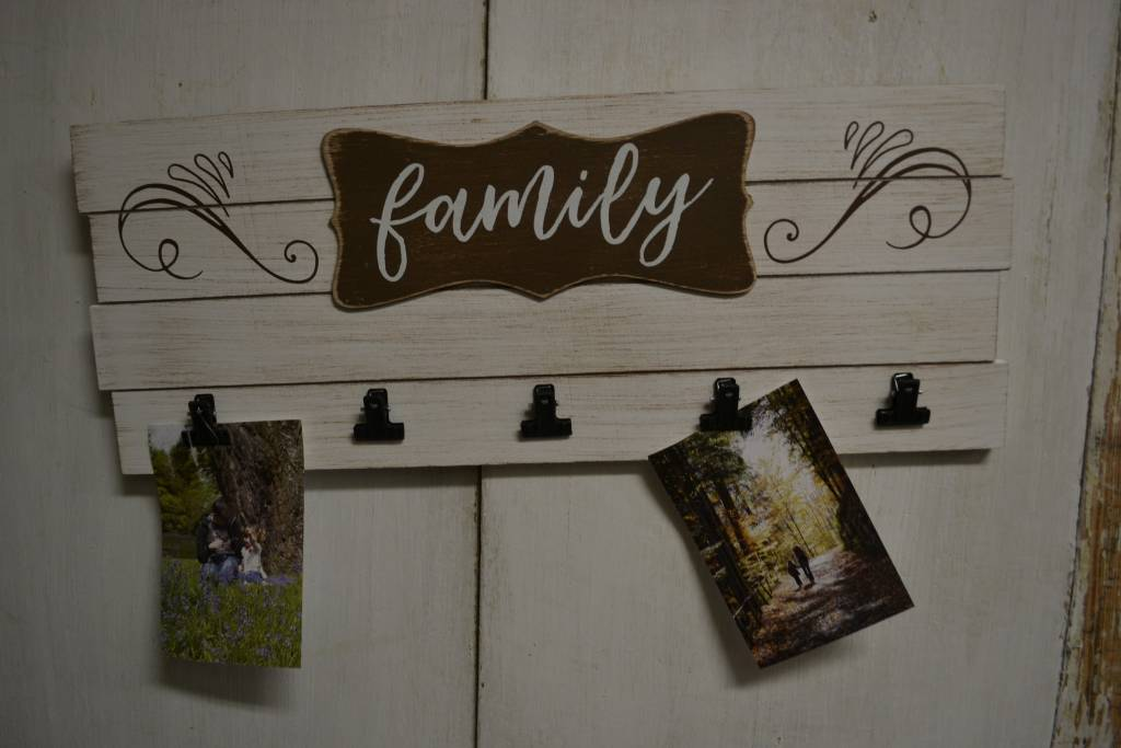 Family Multi Clip Photo Sign