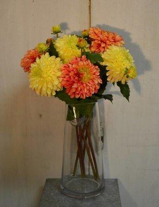 Large Dahlia (2 Colors)