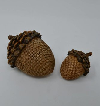 Pinecone Top Acorn (3-Sizes)