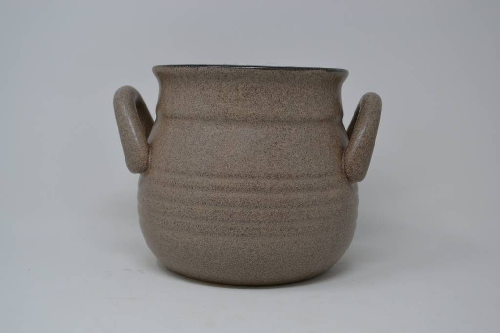 "6"" Taupe Handled Container"