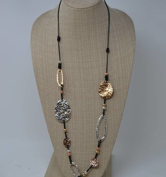 Hammered Oval Necklace (2 Colors)