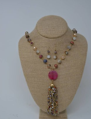 Fuchsia Beaded Iridescent Tassel Necklace Set