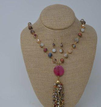 Fuchsia Beaded Iridescent Tassel Necklace Set