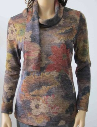 Sleeved Fall Floral Top w/ Scarf