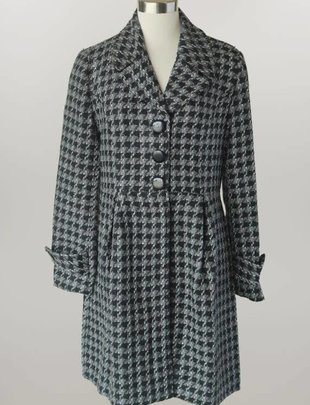 Triple Button Houndstooth Coat