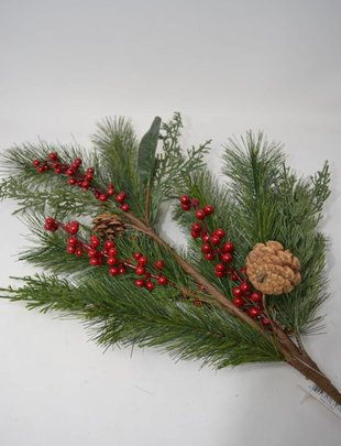 Cedar Pine Berry Spray