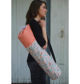 Piccolo AMORE LLC Flower and Arrow Yoga Bag