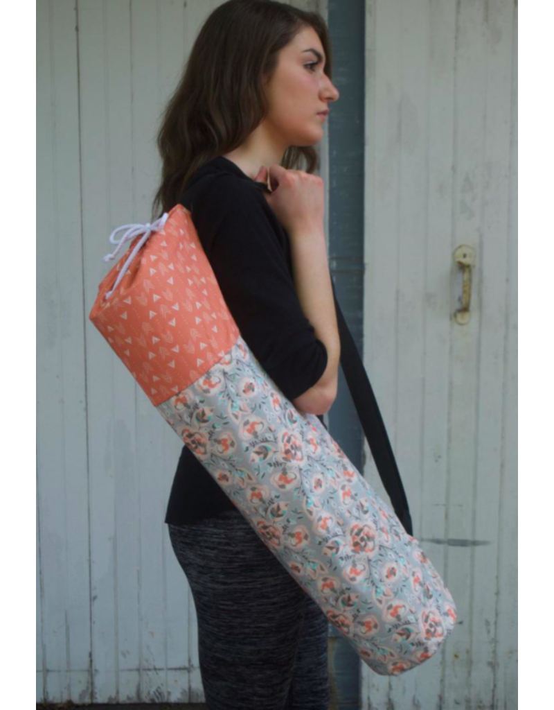 Piccolo AMORE LLC Flower and Arrow Yoga Bag