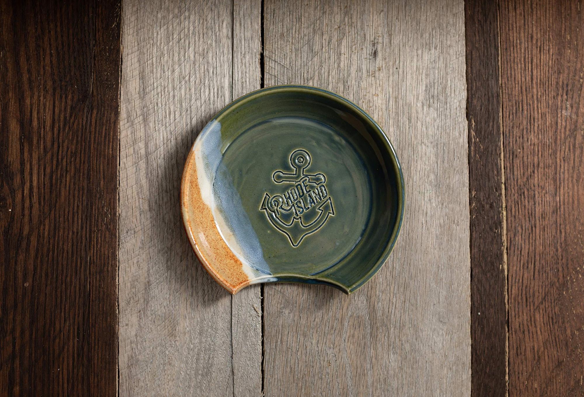 Nasseramics RI Made Ceramic Spoon Rest-1