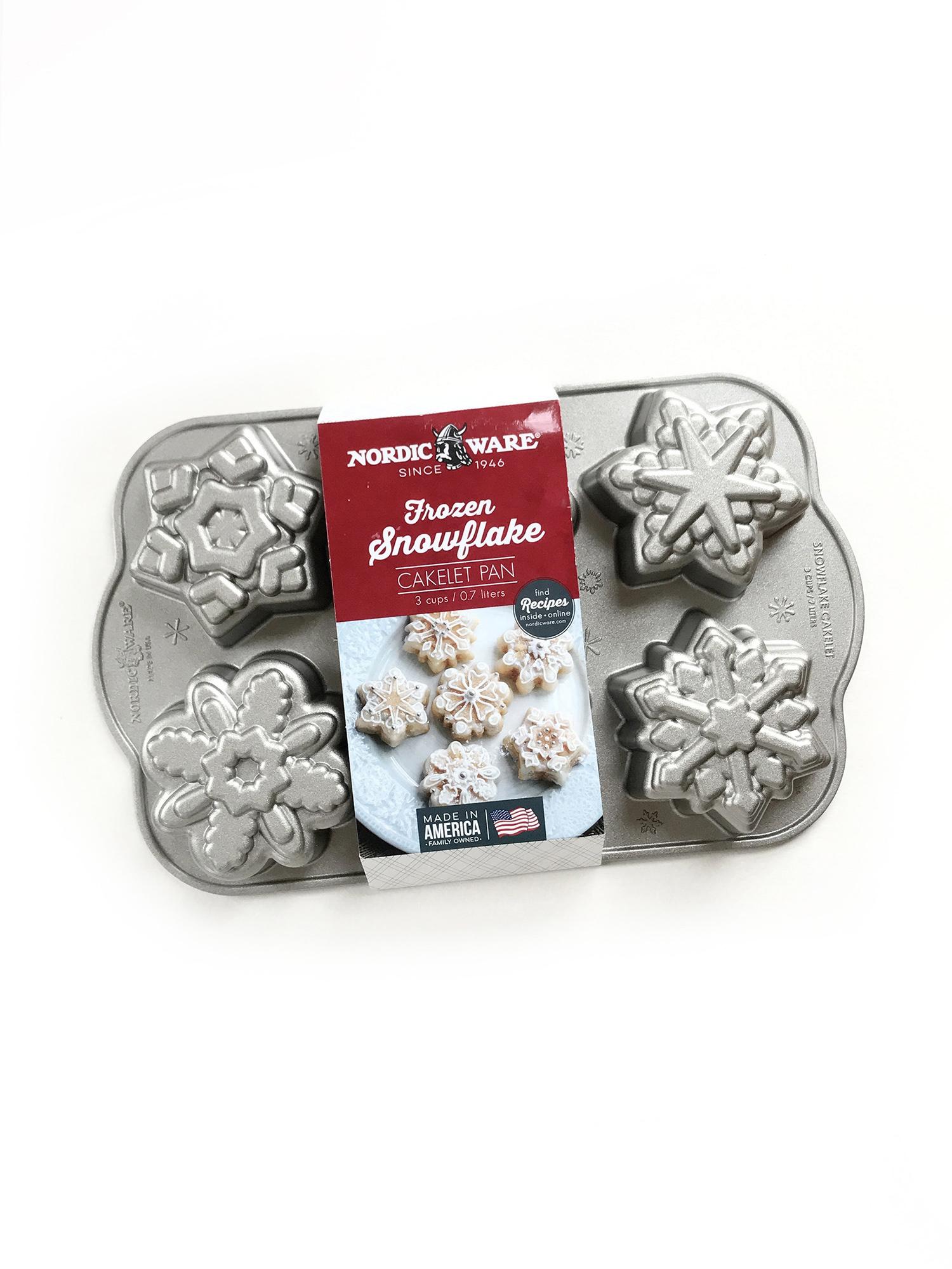 Nordic Ware Frozen Snowflake Cakelet Bundt Pan-1