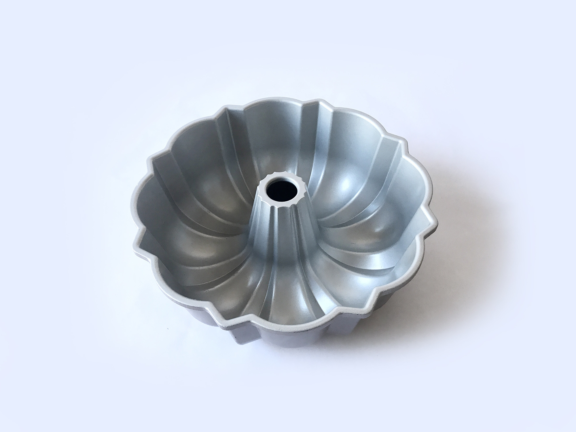 Nordic Ware Original Bundt Pan-3
