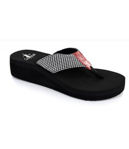 Flip-Flops Houndstooth Chess