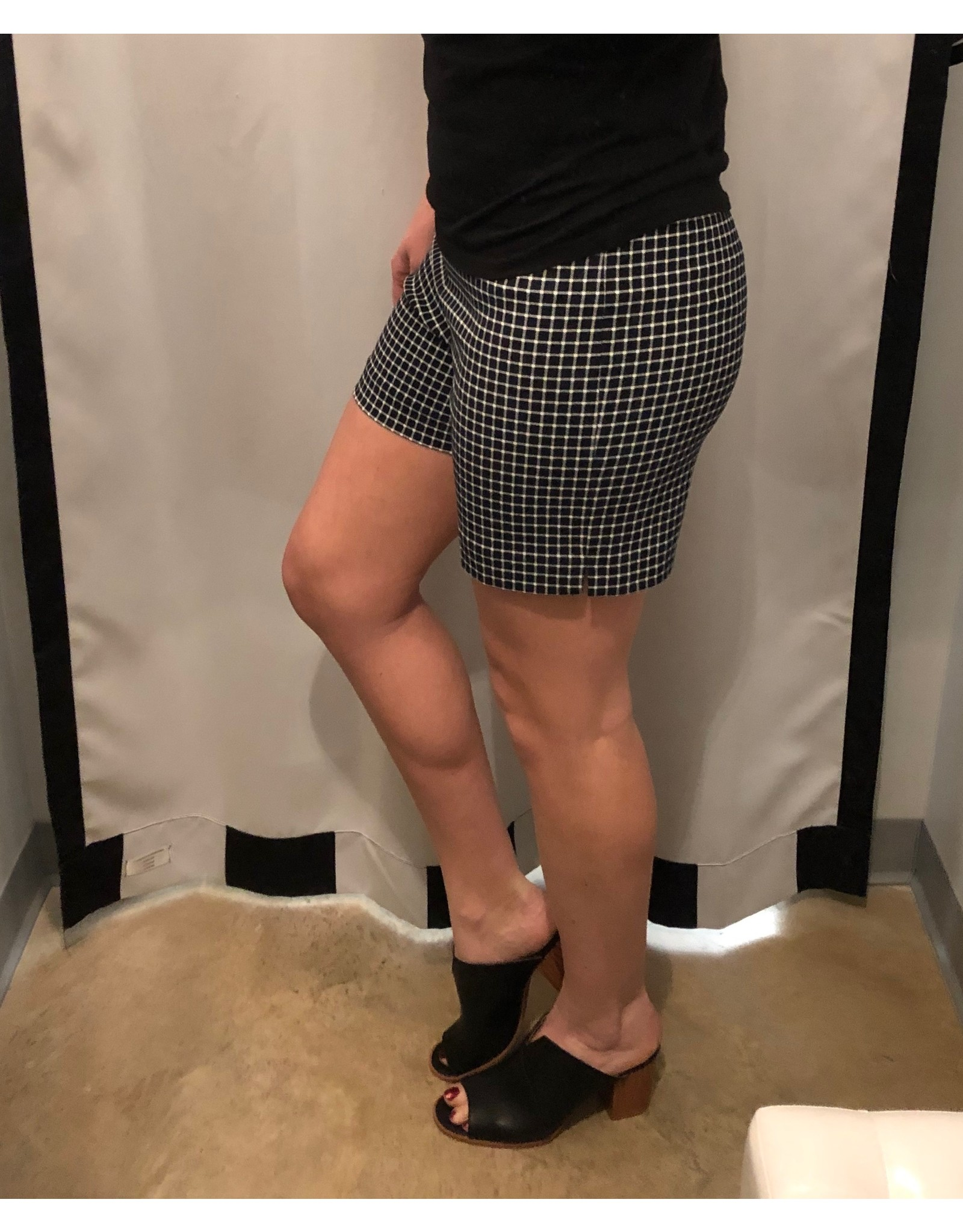 LATA Eric Casual Shorts