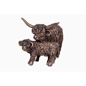 Frith Sculpture Frith Highland Cow with Calf
