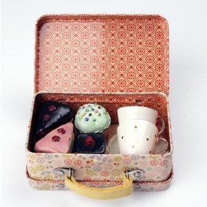 Maileg Maileg Suitcase with Cupcakes and Cups