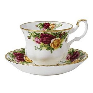 Royal Albert Royal Albert Old Country Roses Teacup and Saucer