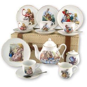 Alice in Wonderland Tea Set for 4 - Picnic Basket