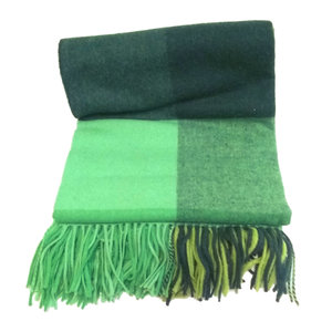 Aran Woollen Mills Green Tweed Blanket