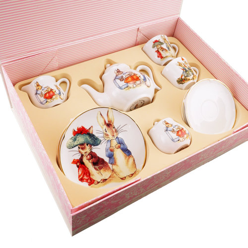 Reutter Porzellan Peter Rabbit Tea Set for 2 in Pink Flower Box