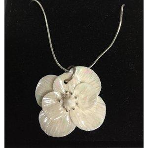 Belleek Living Bloom Pendant