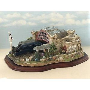 Lilliput Lane Lilliput Lane The Mallard - Record Breaker Ltd Ed