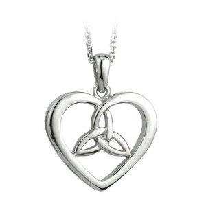 Solvar Solvar Sterling Silver Celtic Knot Heart Necklace