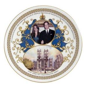 "Aynsley China Aynsley Royal Wedding 8"" Plaque"