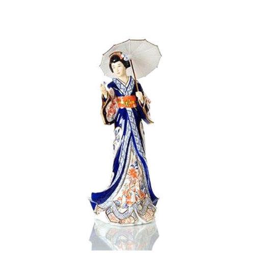 English Ladies Figurines English Ladies Co. Imari Japanese Lady