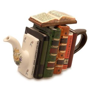 Carters of Suffolk Tony Carter Books Teapot - Sherlock Holmes