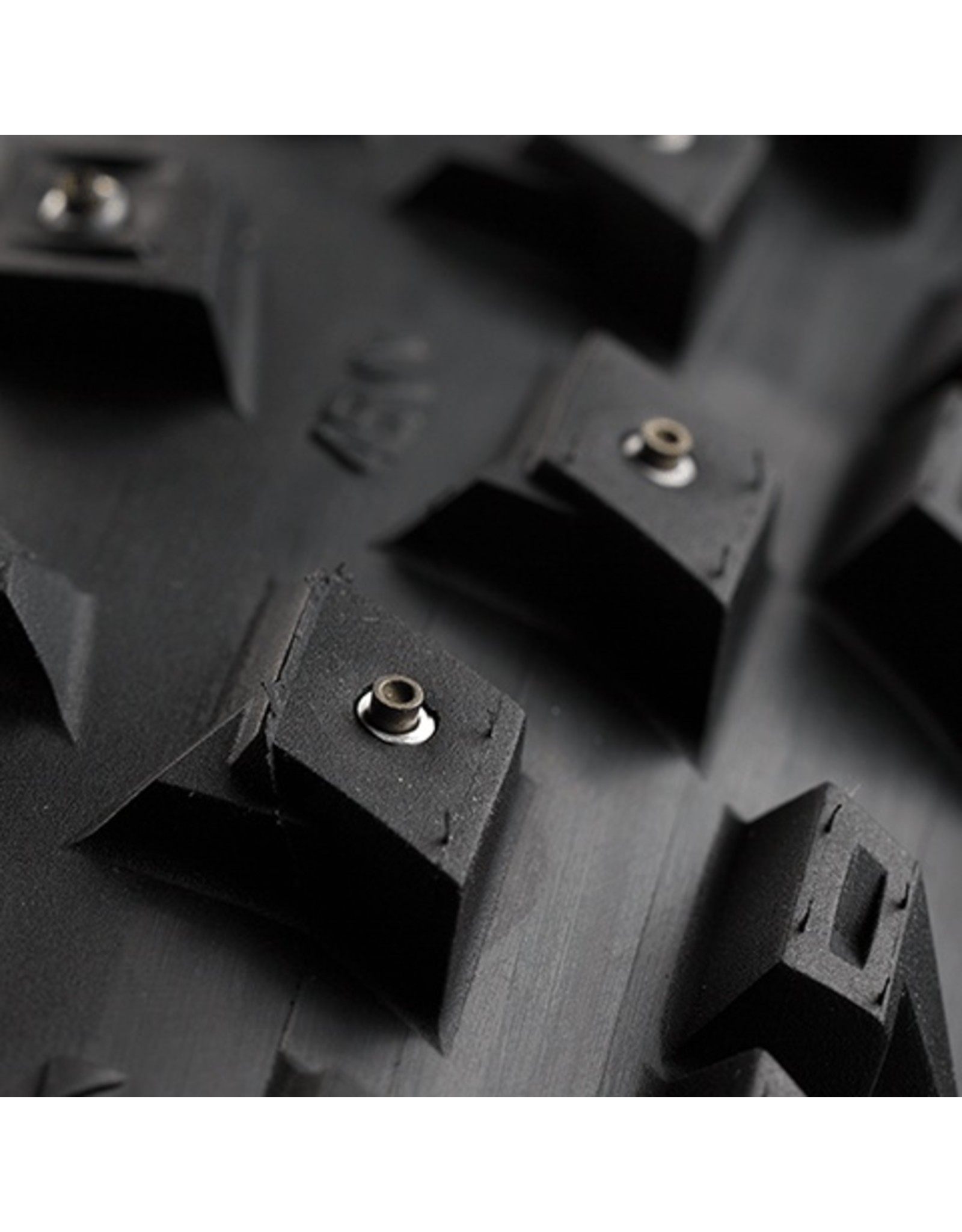 45Nrth Dillinger 5 120tpi 26x4.6 ( 258 crampons concaves)