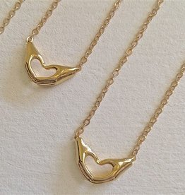 LOVE HANDS GOLD NECKLACE