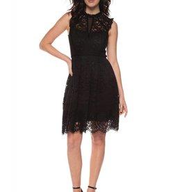 BLACK TAPE BLACK SLVLESS LACE DRESS