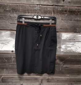 ESQUALO BLACK TRAVEL SKIRT w/ELASTIC WAIST