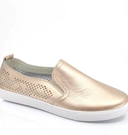 TAXI SARA LEATHER SLIP ON SNEAKER