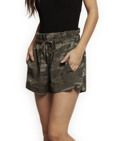 DEX HIGH WAIST CAMO SHORTS