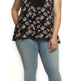 DEX PLUS SLVLESS LACE APPLIQUE TOP