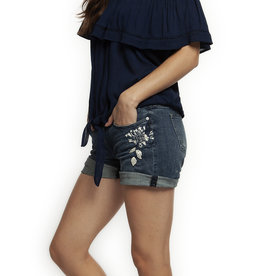DEX FLORAL APPLIQUE DENIM SHORT