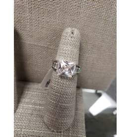 BIJOUX STERLING SILVER CZ RING- SIZE 6