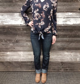 POINT ZERO TIE FRONT L/SLV FLORAL TOP