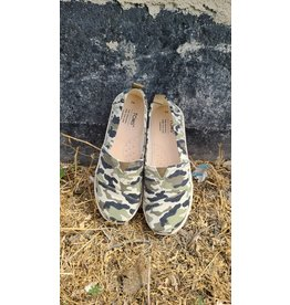TOMS YOUTH OLIVE CAMO PRINT SHOE