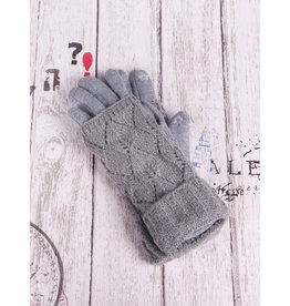 GRAND INT'L CABLE KNIT CUFFED TOUCH SCREEN GLOVES