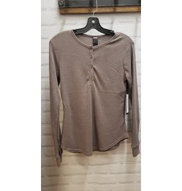 MOTION HENLEY TEXTURED WAFFLE L/S TOP