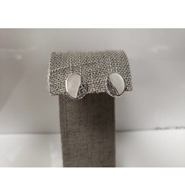 NONA STERLING MOTHER OF PEARL STUD EARRINGS