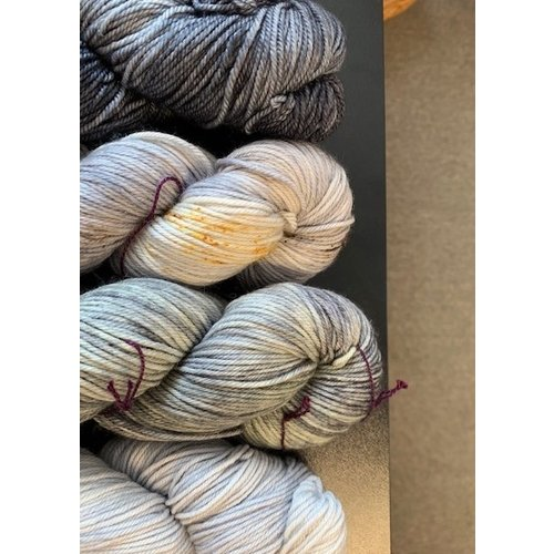 Purls of Wisdom Soldotna Crop Kit