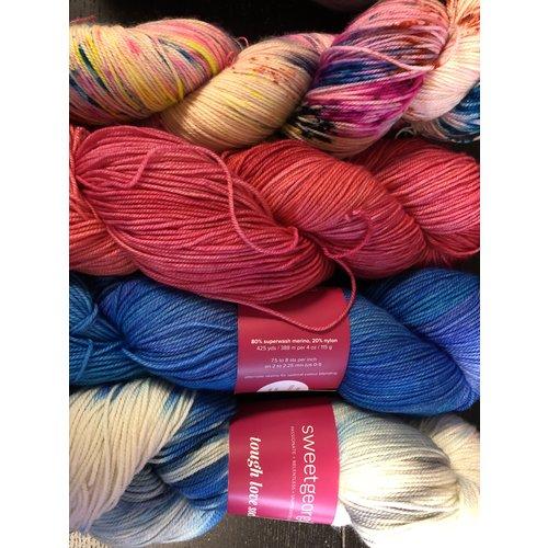 Purls of Wisdom Olive Pink Shawl Kit